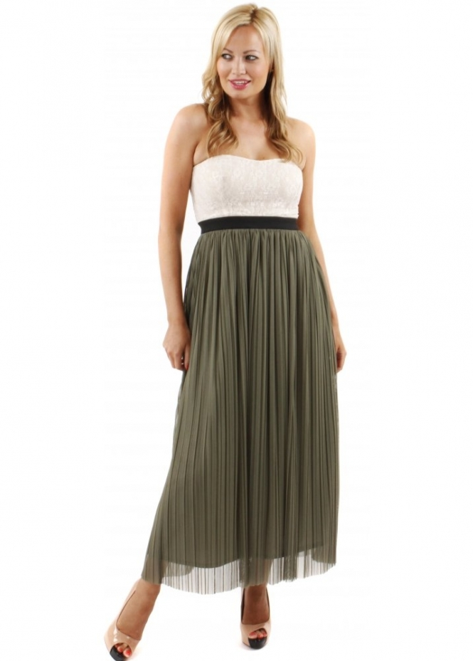 green pleated skirt with lace top as seen on sam