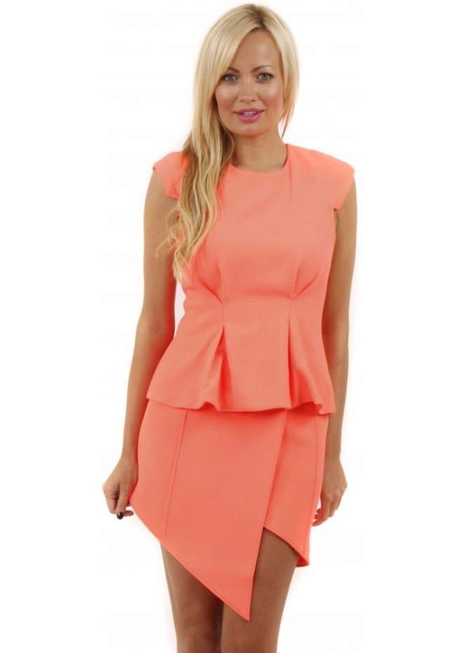 Finders Keepers Take A Bow Sherbet Pleated Top