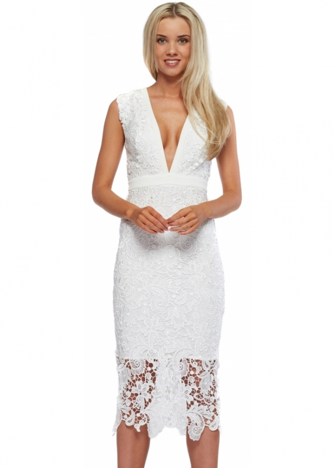 Abyss Beautiful Sleeveless White Lace Bunny Dress