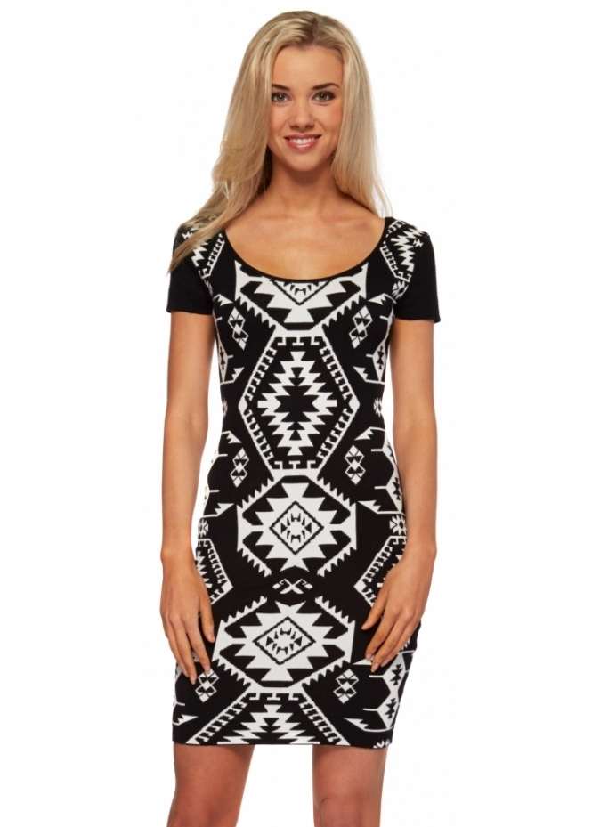 Stella Morgan Knitted Monochrome Mini Dress