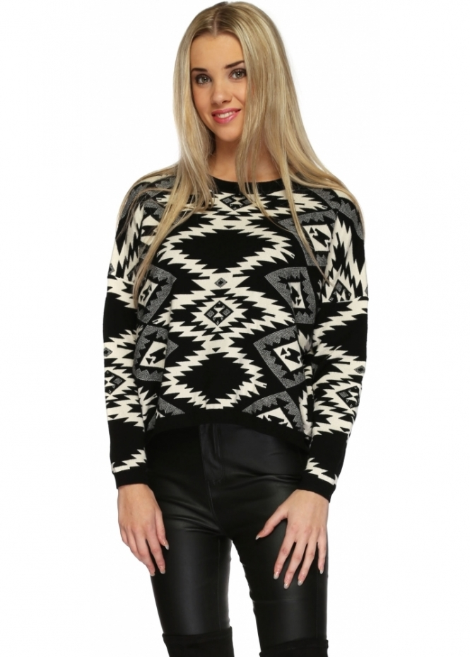 Paisie Black & White Patterned Soft Knit Cropped Jumper