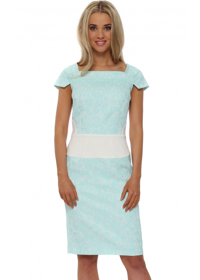 Eden Row Navan Lace Pencil Dress In Mint