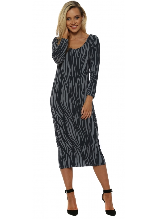 A Postcard From Brighton Rae Rhythm Long Sleeve Midi Dress In Stormy