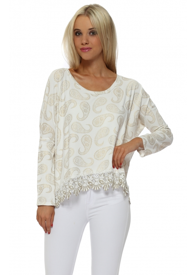A Postcard From Brighton Paris Gold Paisley Lace Hem Top In Vanilla