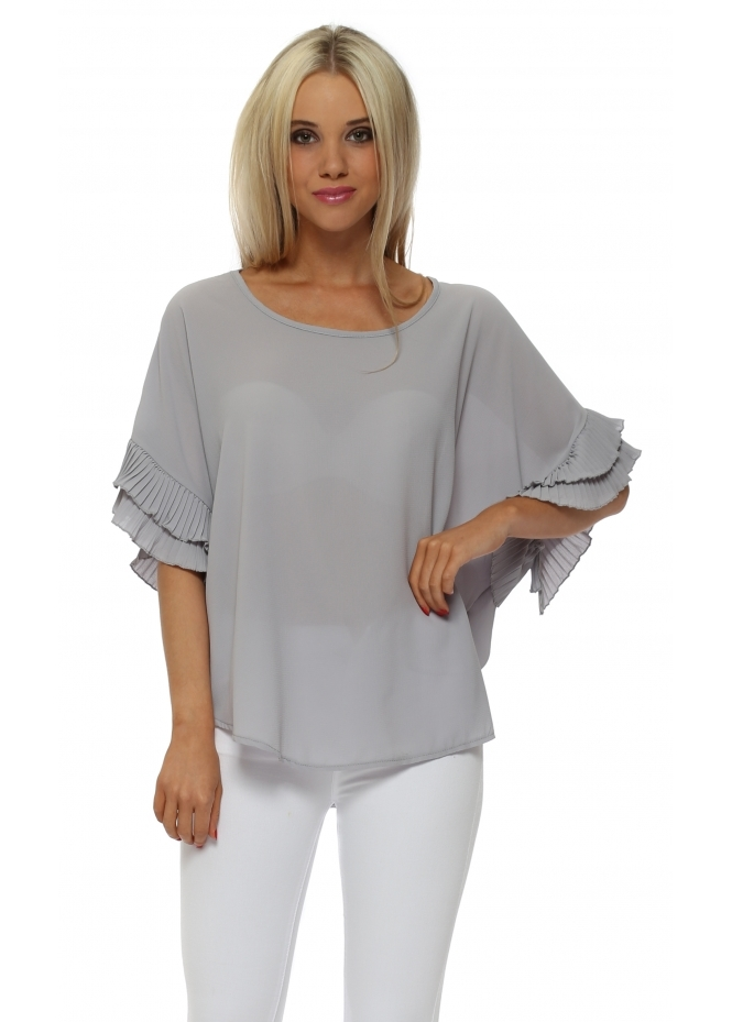 French Boutique Dove Grey Pleated Sleeve Crepe Baggy Top