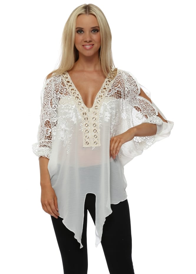 Laurie & Joe White Embroidered Gold Circle Tie Front Top