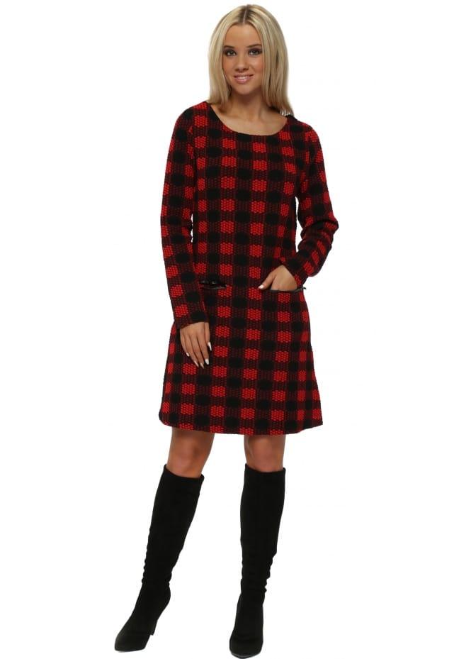 Red & Black Geo Print Shift Dress