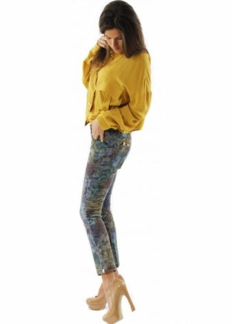 One Teaspoon Jeans Heroes & Villans Triggers Floral Printed Cropped Jeans