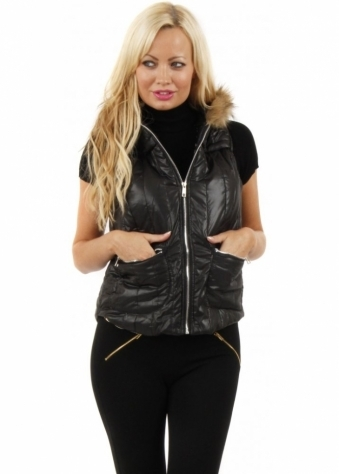 Stella Morgan Faux Fur Hooded Black Quilted Gilet