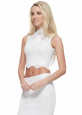Victorian Lace Crop Top In Dove