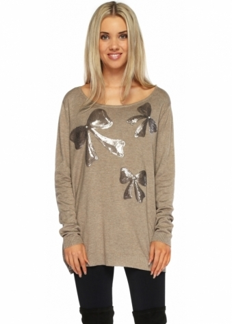 Designer Desirables Honesty Sparkle Three Bow & Pearl Taupe Jumper