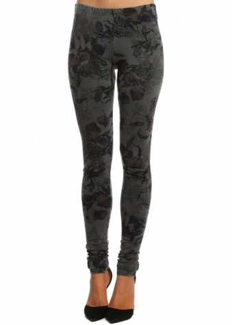 A Postcard From Brighton Dark Romance Thunder Stretch Fit Jersey Leggings