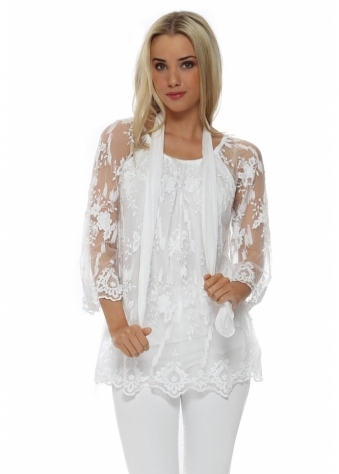 Made In Italy White Foral Lace Top & Scarf