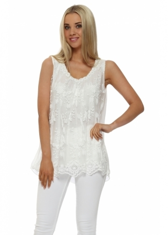 Made In Italy Floral Lace Pearl Neck Vest Top