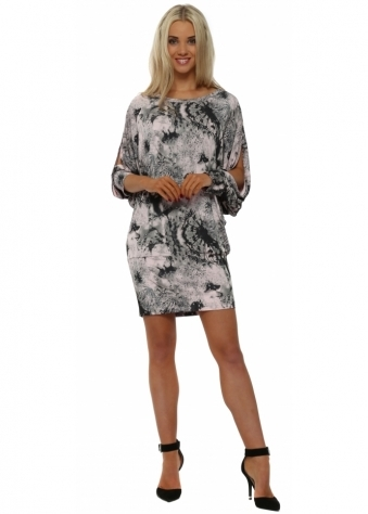 Delila Dandy Lion Tunic Dress In Buff