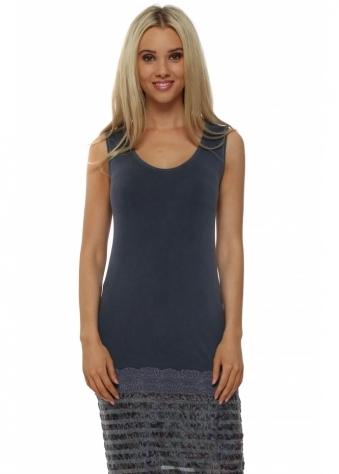 Suzee Lace Hem Short Vest In Wet Slate