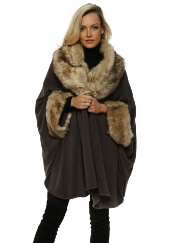 Grey Oversized Knitted Swing Cape With Faux Fur Trim