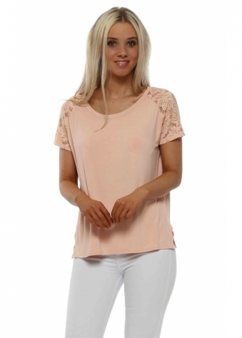 Carrie Lace Cap Sleeve Top In Seduction