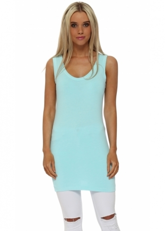 Plain Cut Edge Vest In Paradise Blue