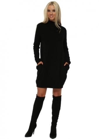 Black Side Pockets Ribbed Jumper Dress