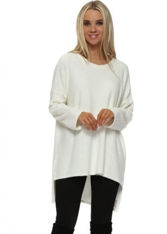 Chloe Coodle Step Back Tunic Top In Vanilla Ice