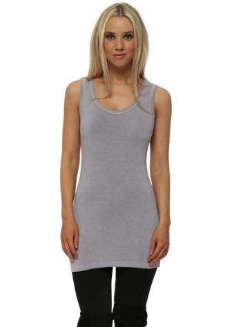 Plain Cut Edge Vest In Dim Grey