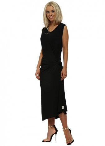 Chloe Knot Tie Maxi Dress In Black