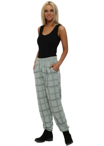 Courtney Winter Sea Checkie Relaxed Trousers
