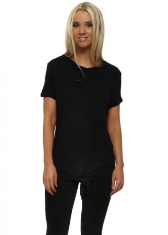 Lena Lenzing Knot T-Shirt In Black