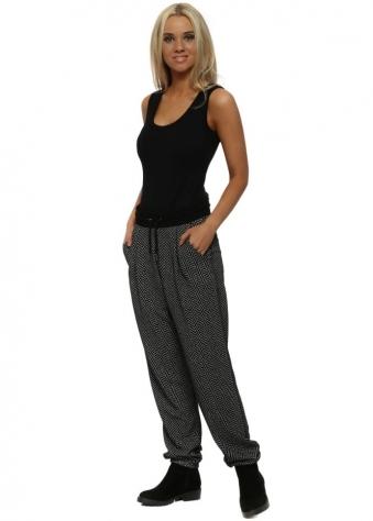 Hazel Herringbone Black Jogger Pants