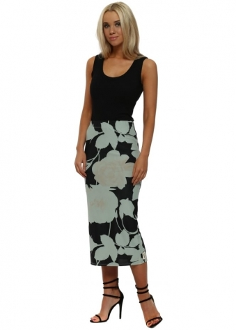 Bianca Winter Sea Blooming Lovely Pencil Skirt