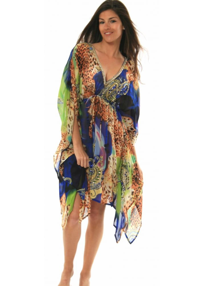 Short Kaftan for Women   Luxury Designer Short Kaftan  Short Kaftans Online The kaftan has been worn throughout history by many different cultures, giving women a strong sense of self and freedom. The kaftan moves with the body and can be versatile to any setting or outing, from a casual day at the beach to an evening on the town.