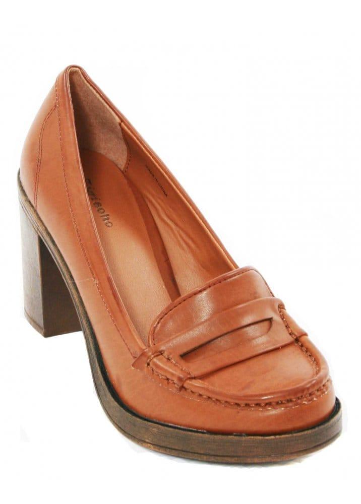Designer Shoes : Zigi Soho : Shoes Tan Mid Heel Loafer Shoes