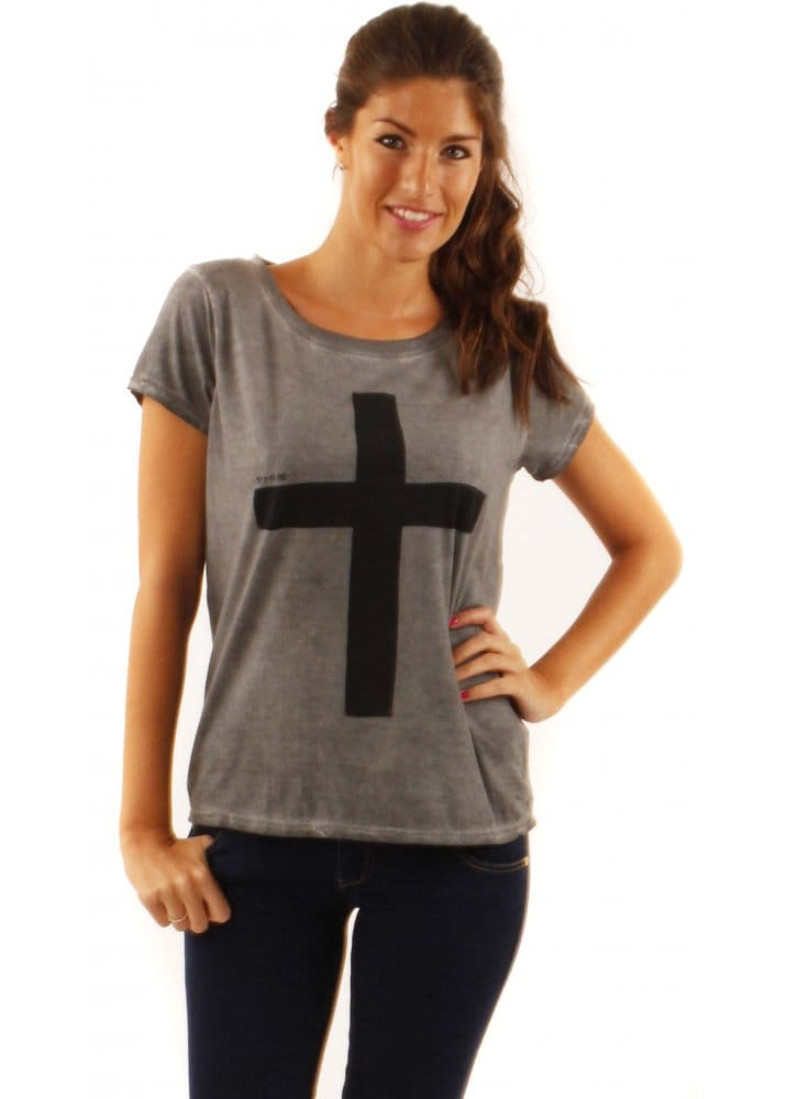 eleven paris cross t shirt buy eleven paris t shirts designer desirables. Black Bedroom Furniture Sets. Home Design Ideas