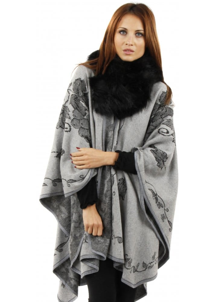 White with Black Tips Faux Fur Scarf DaisyandHoney. 5 out of 5 stars (27) $ Favorite Add to See similar items Faux Fur SCARF SET, Faux Fur Headband and Scarf Set - 2 piece -