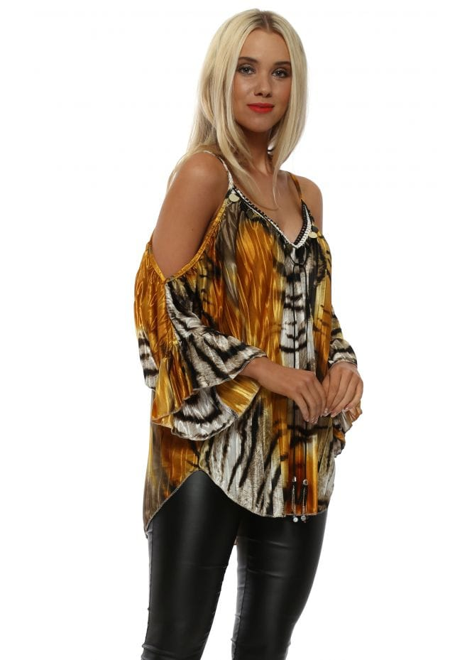 6a05ede2ee66 Amber Animal Print Pleated Sateen Cold Shoulder Top
