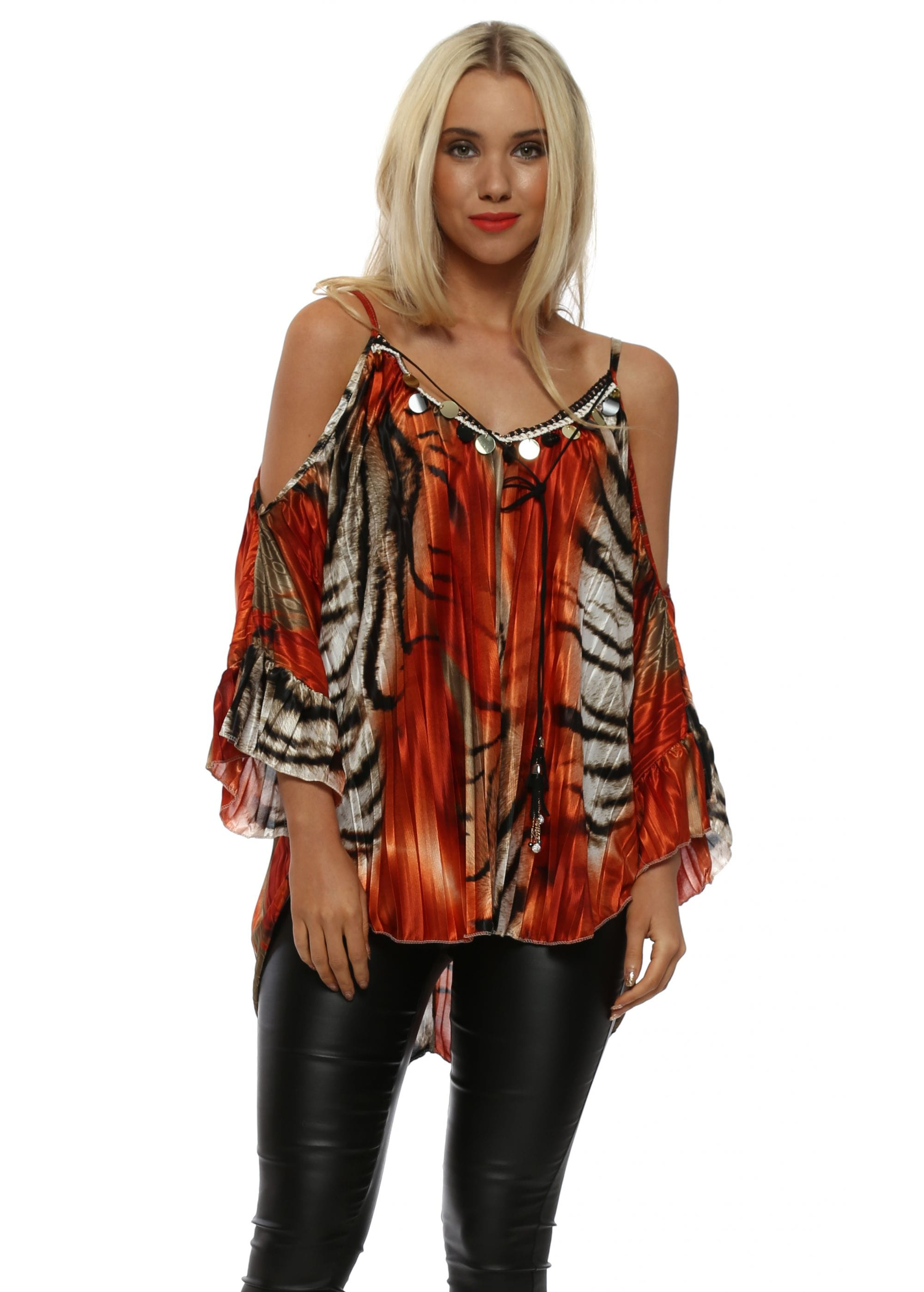 5ce9f9fbb99111 Port Boutique Blue Animal Print Pleated Gold Circle Top